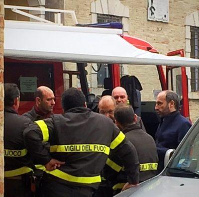 il Sindaco Paolo Calcinaro riceve i Vigili del Fuoco intervenuti da Bari e da Udine
