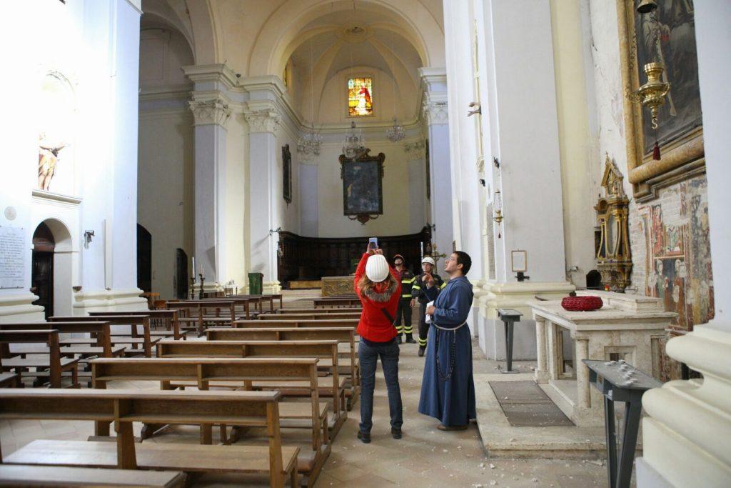 terremoto-fermo-sopralluogo-piazzetta-san-zenone-santagostino-4