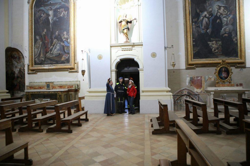 terremoto-fermo-sopralluogo-piazzetta-san-zenone-santagostino-8