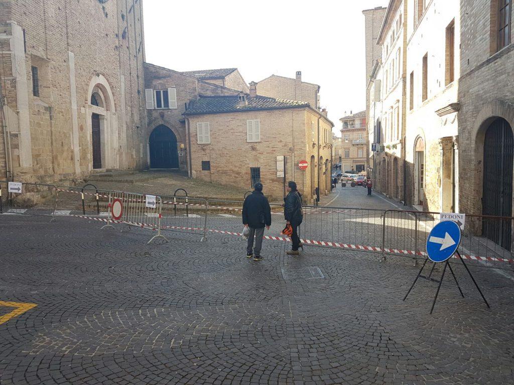 terremoto-piazzetta-fermo-2
