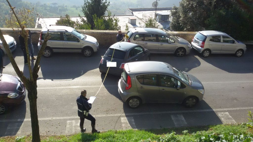 viale-ciccolungo-incidente-2