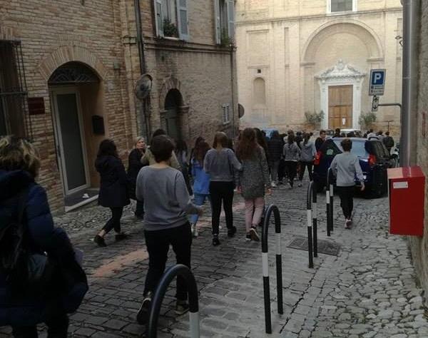 evacuazione-scuola-san-francesco-scienze-umane