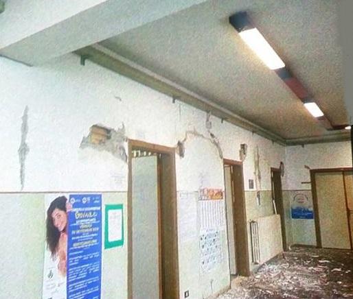foto-scuola-amandola-terremoto-5