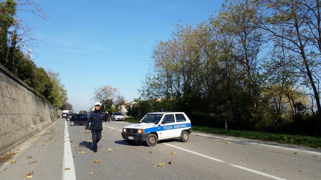 polizia-municipale-fermo-statale-chiusa-incidente