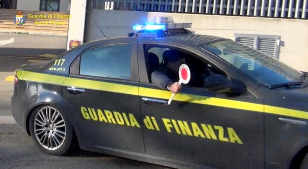 guardia-di-finanza-2
