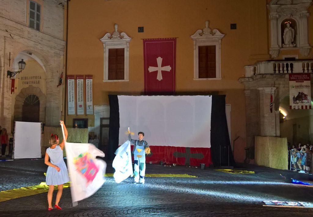 Cavalcata la guerra di troia e historia portano fermo for Francesca la troia
