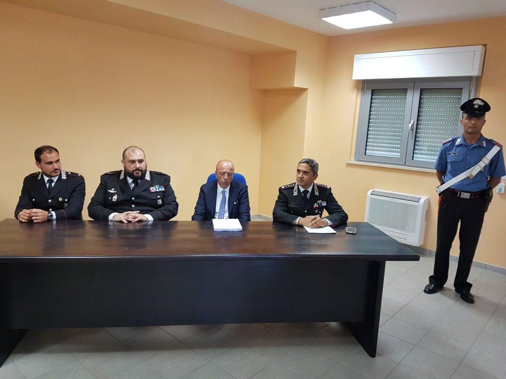 Contraffazione Alla Otto Matto Scacco 'falso D'autore' Operazione 18Tzq