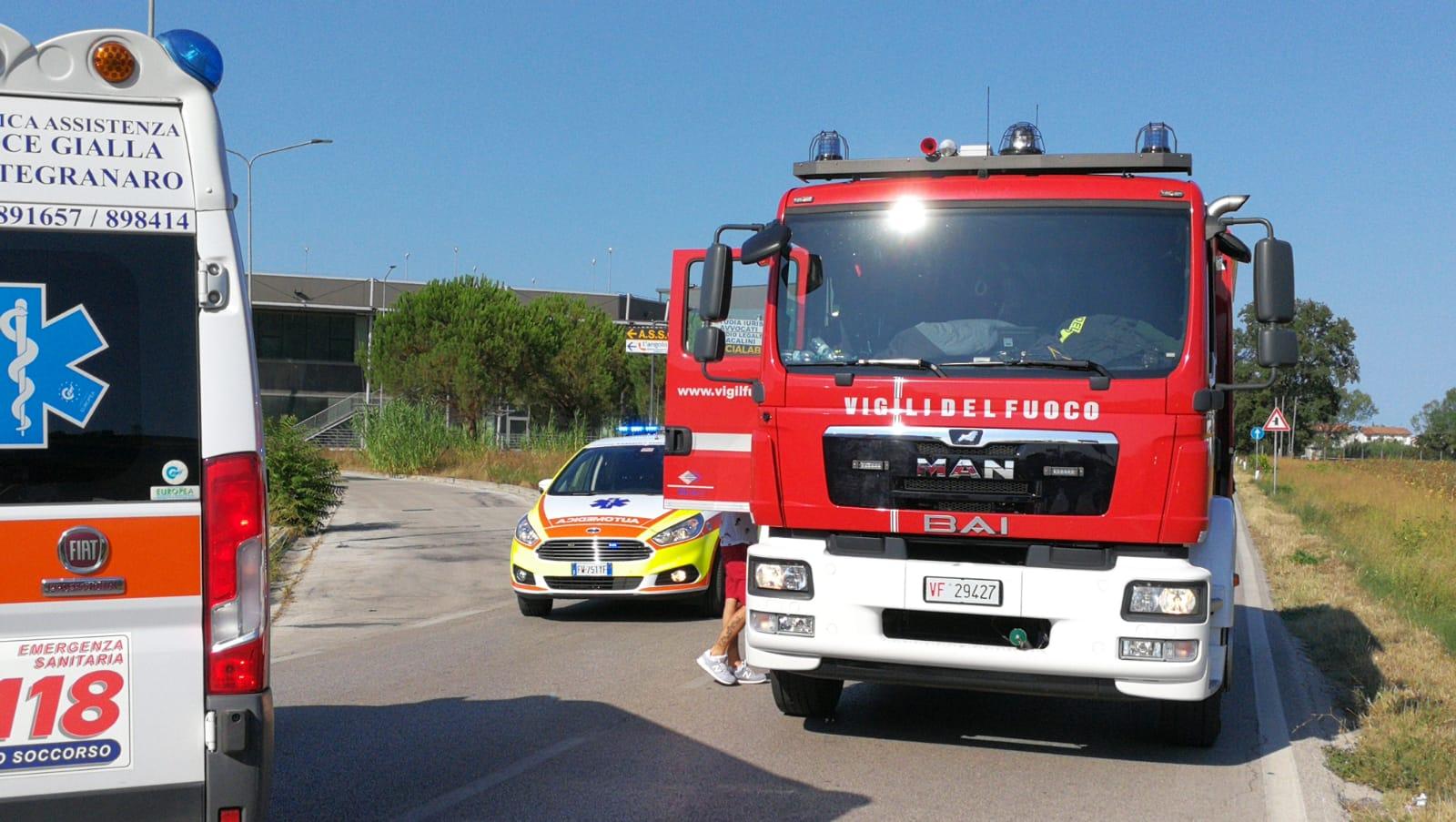Incidente-Fermo-Forum-vigili-del-fuoco